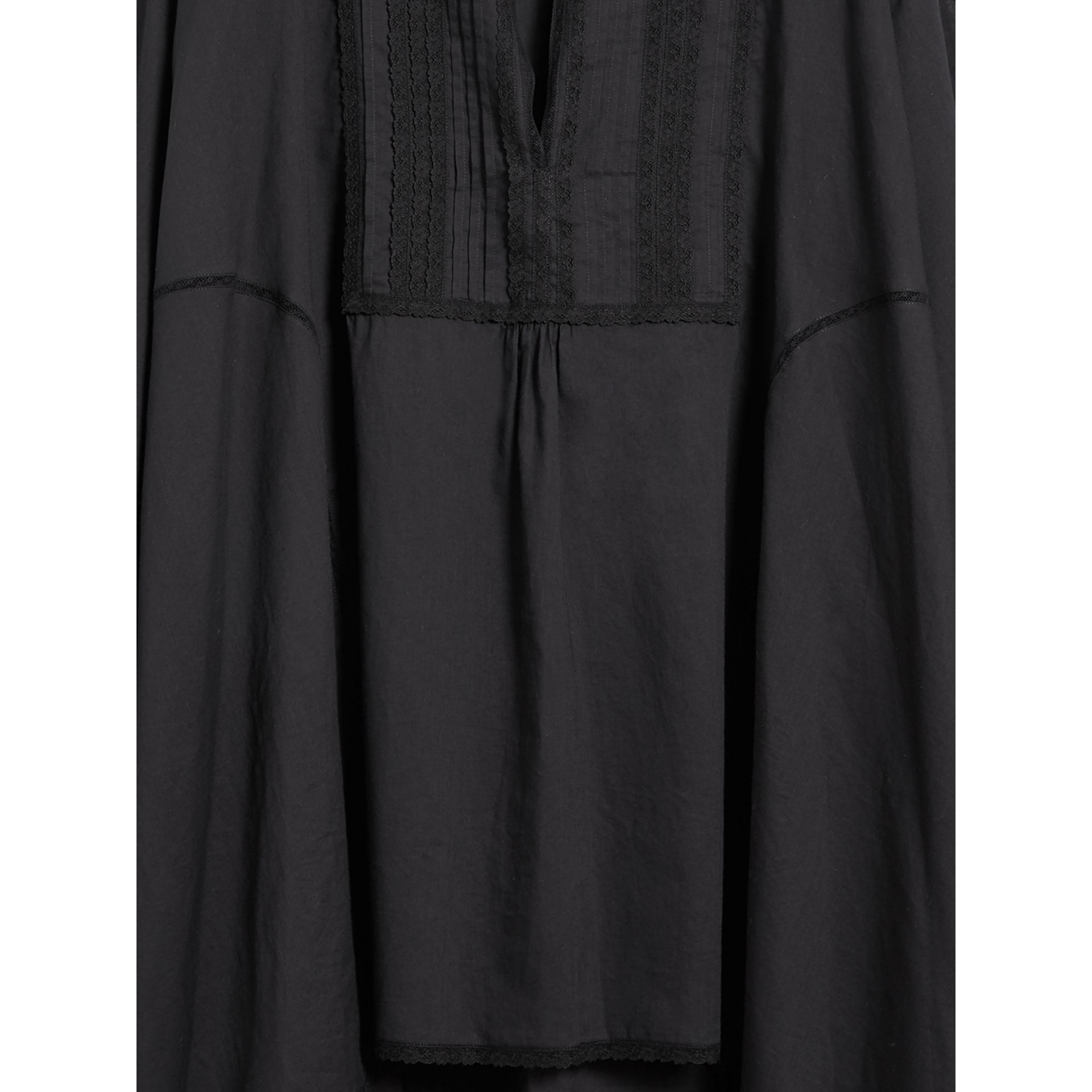 Lace Detail Cotton Kaftan in Black - Women | Burberry - gallery image 2