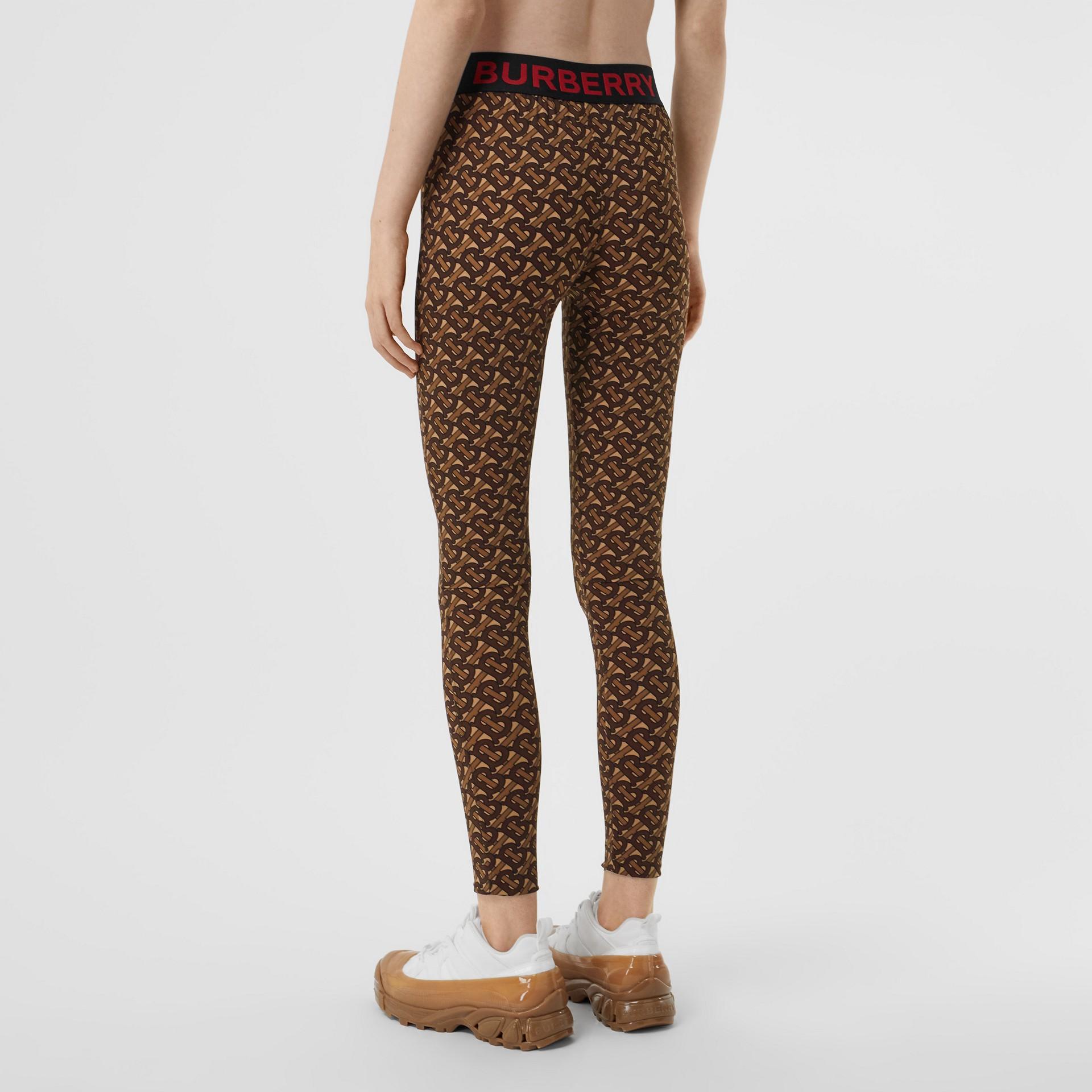 Leggings de malha stretch com estampa de monograma (Castanho Couro) - Mulheres | Burberry - galeria de imagens 2