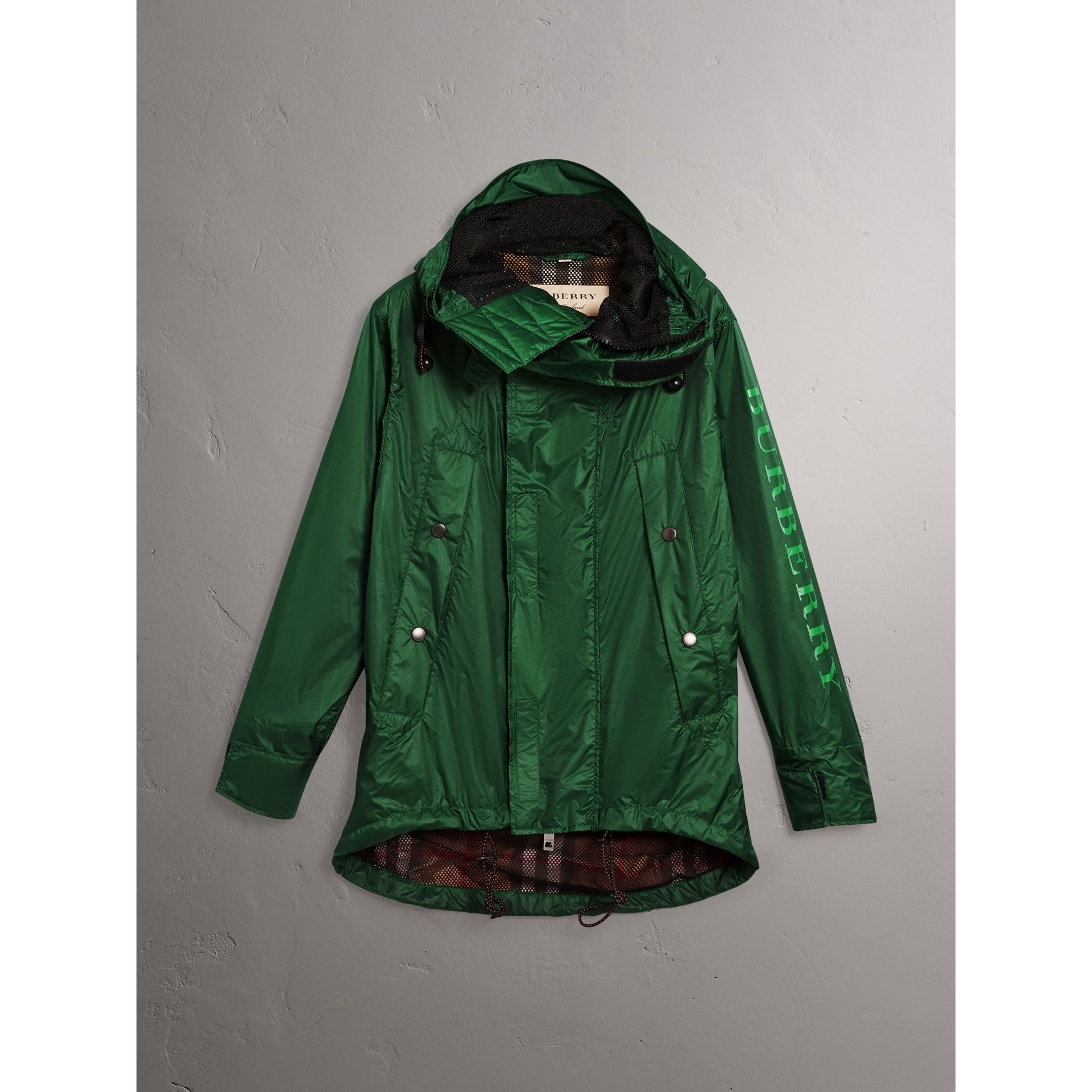 Lightweight Hooded Jacket in Pigment Green - Men | Burberry - gallery image 4
