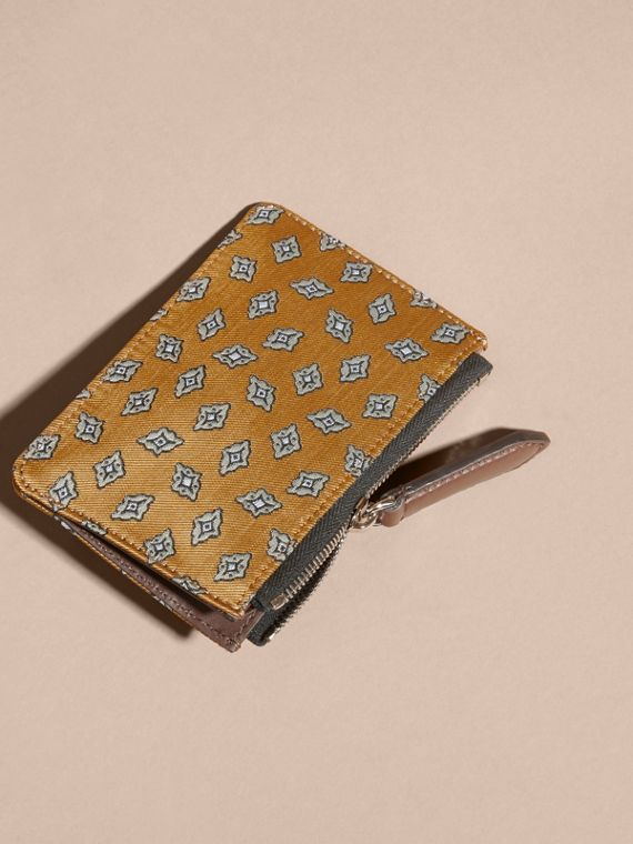 Citrus yellow Geometric Tile Jacquard Zip-top Wallet Citrus Yellow - cell image 3