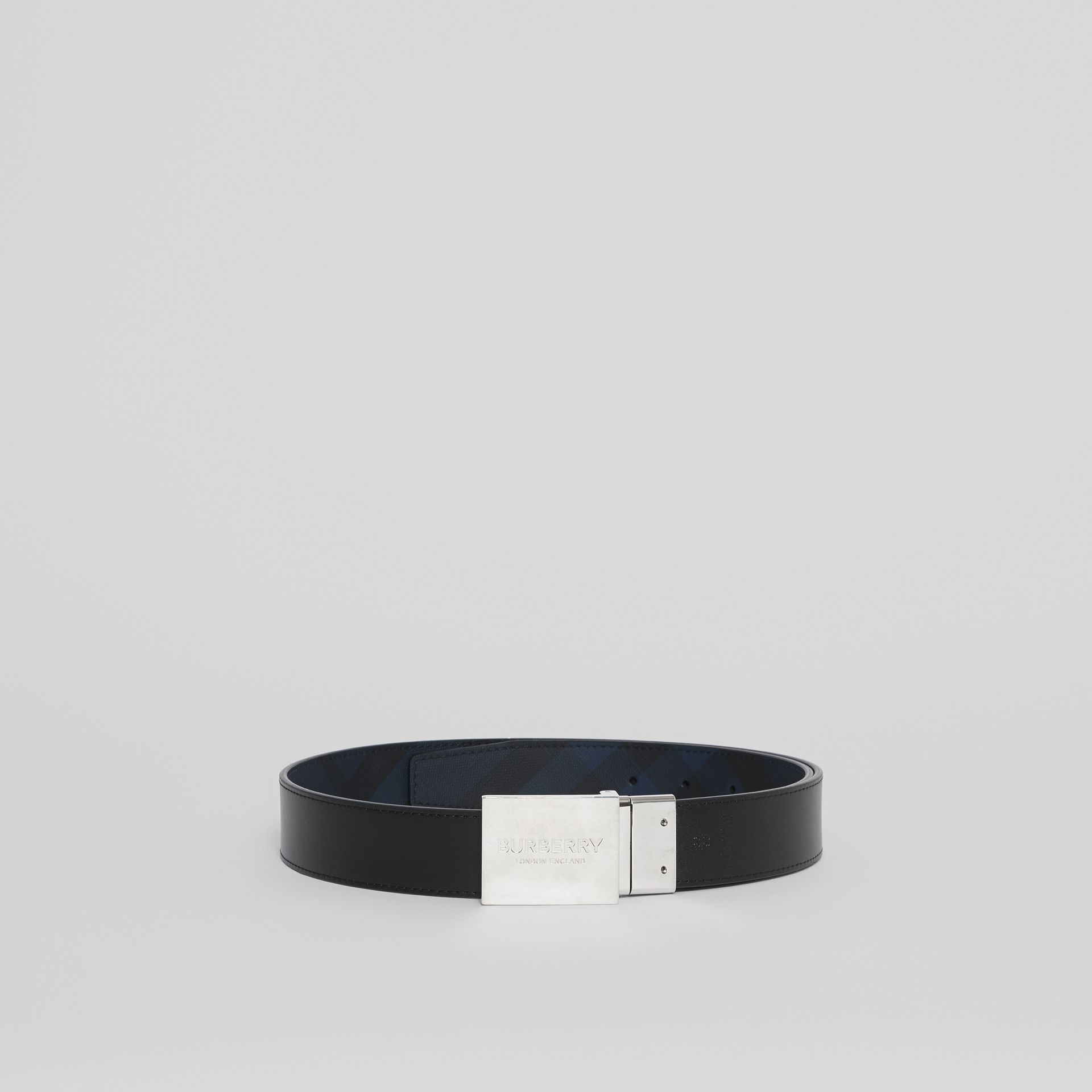Reversible Plaque Buckle London Check Belt in Navy/black - Men | Burberry - gallery image 4