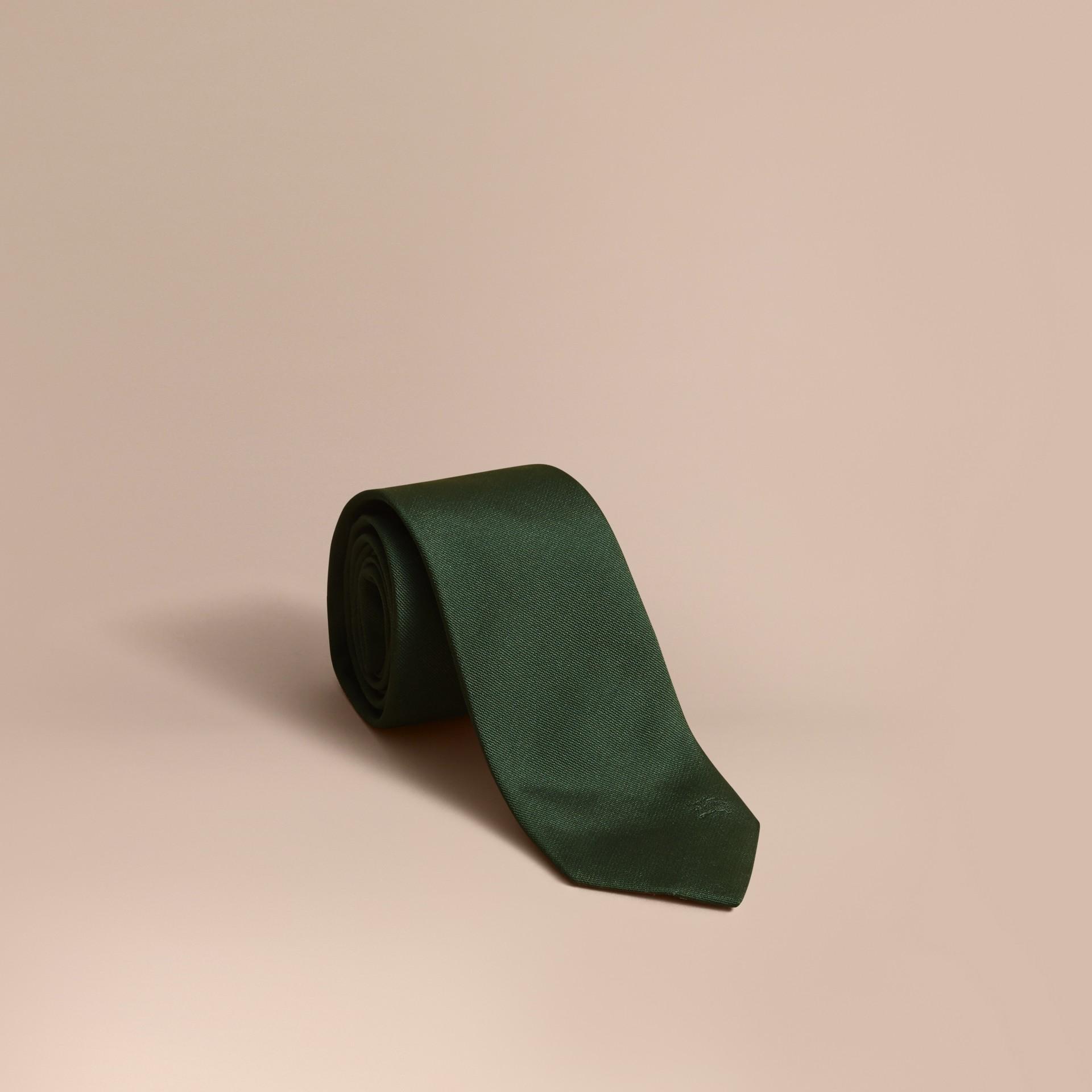 Modern geschnittene Krawatte aus Seidentwill Dunkles Waldgrün - Galerie-Bild 1