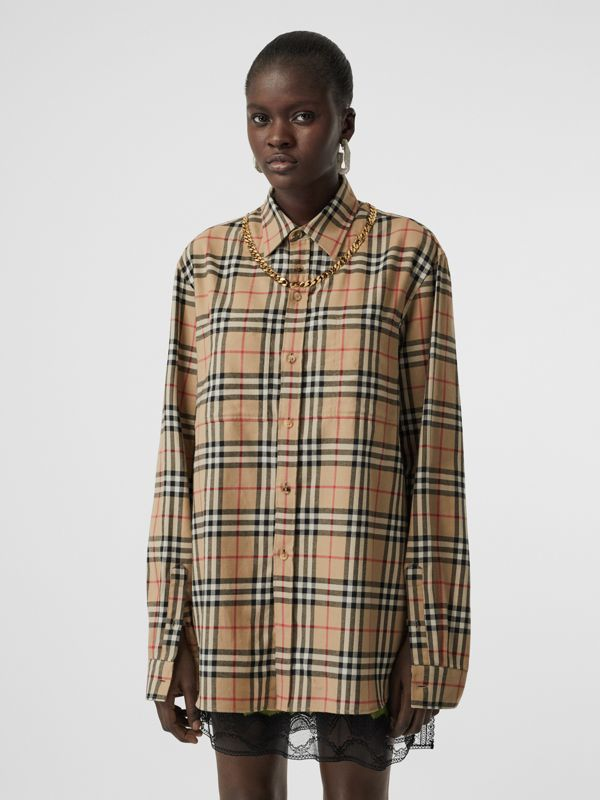 Chain Detail Vintage Check Cotton Flannel Shirt in Archive Beige - Women | Burberry - cell image 3