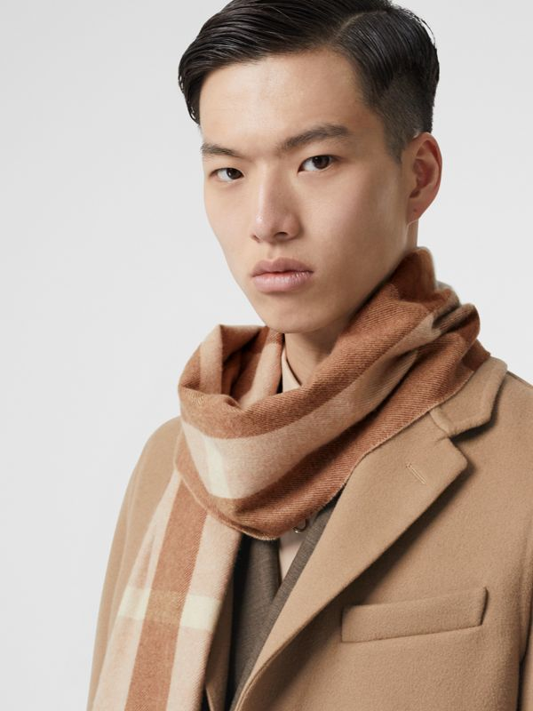 Check Cashmere Scarf in Mid Camel | Burberry - cell image 3