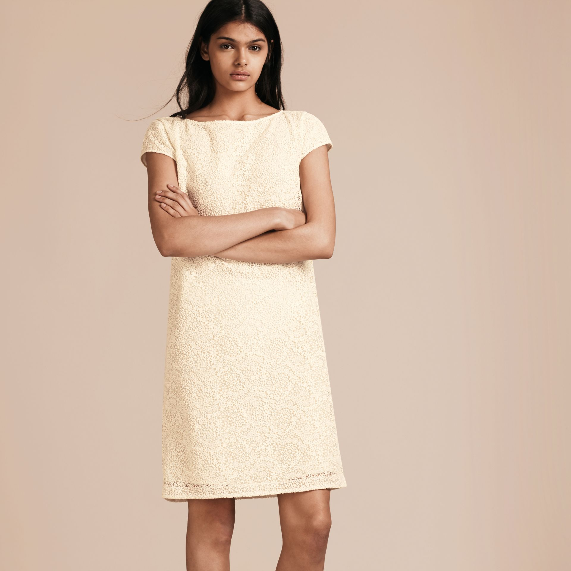 Off white Online Exclusive Italian Lace Shift Dress Off White - gallery image 6