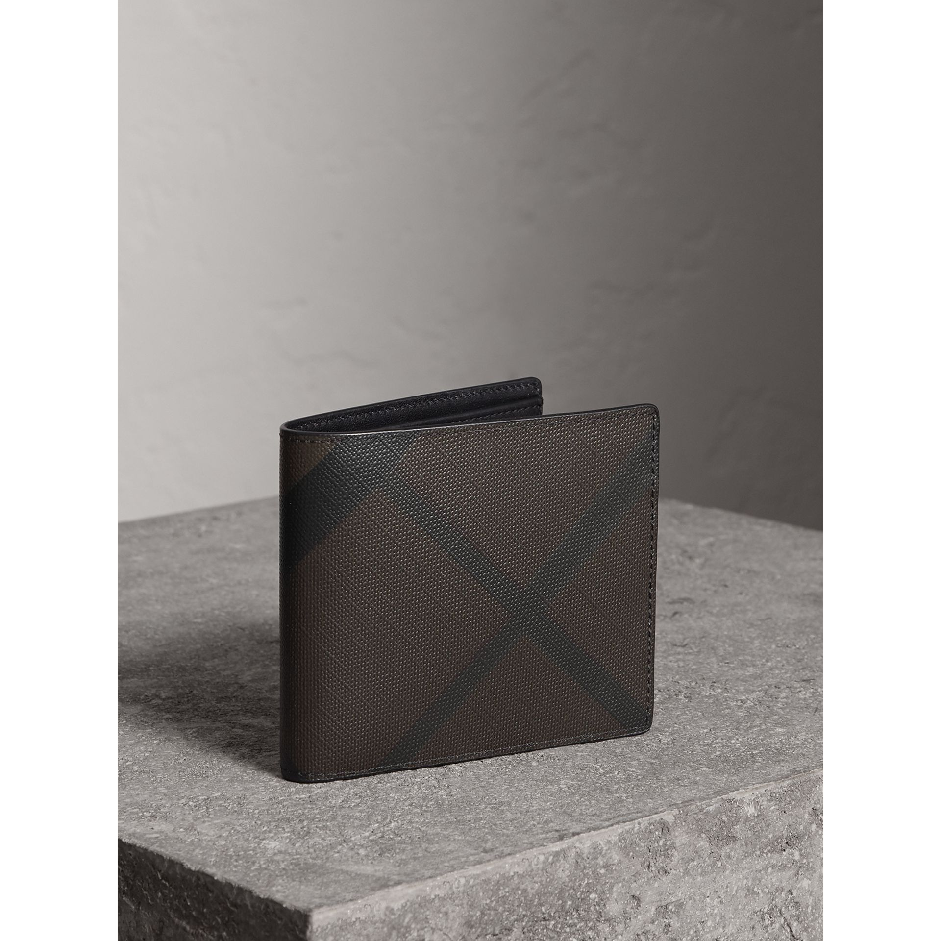 London Check ID Wallet in Chocolate/black - Men | Burberry - gallery image 0