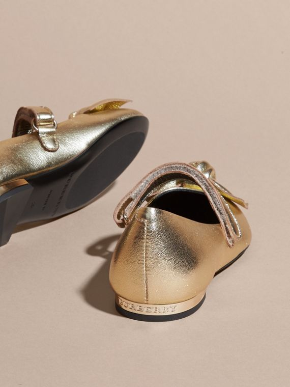Bow Detail Metallic Leather Ballerinas in Platinum - cell image 3