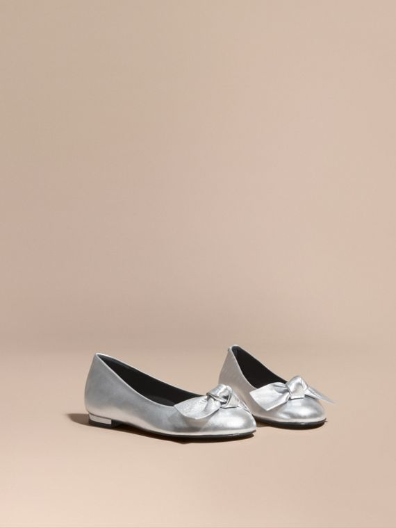 Bow Detail Metallic Leather Ballerinas Silver