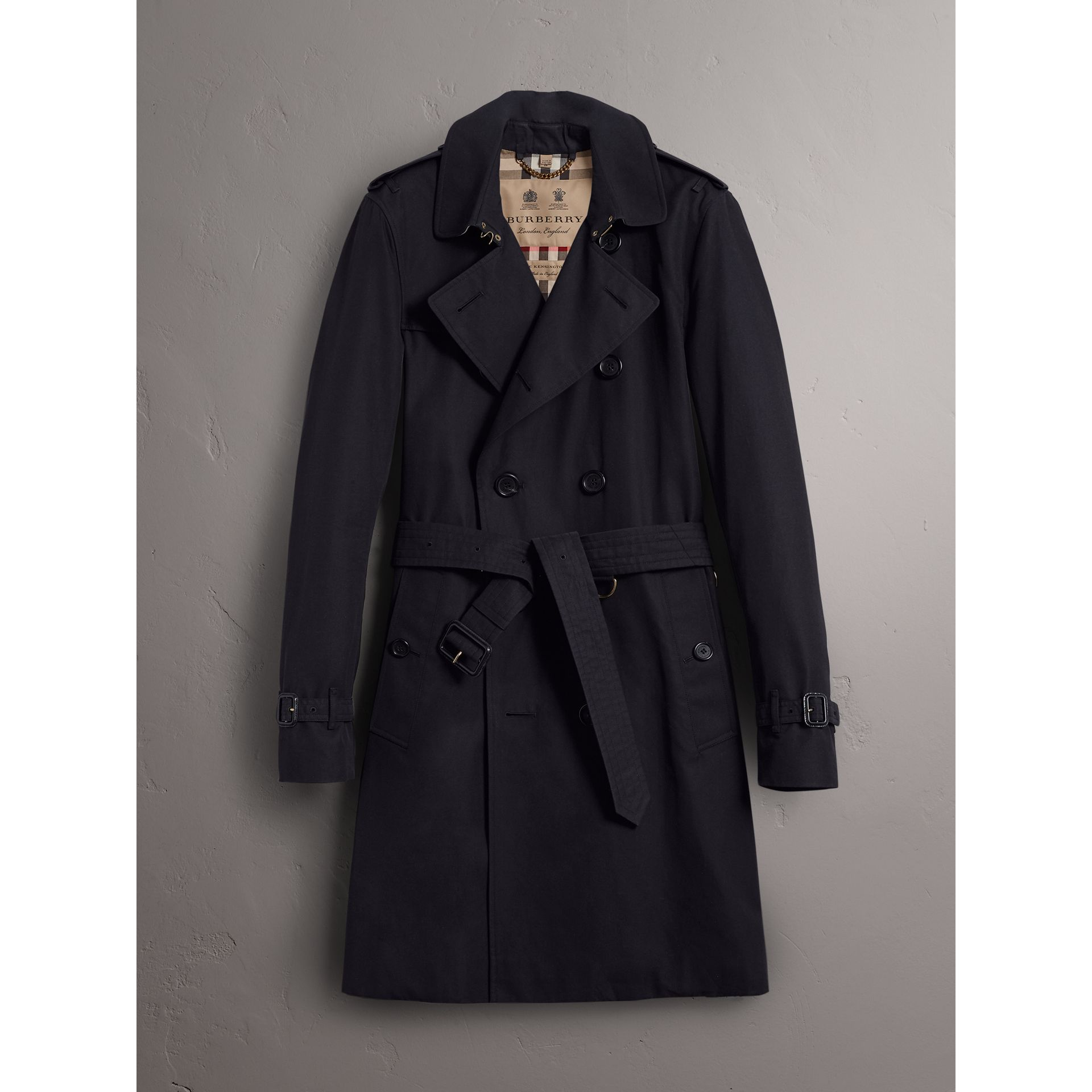 The Sandringham – Long Trench Coat in Navy - Men | Burberry - gallery image 3
