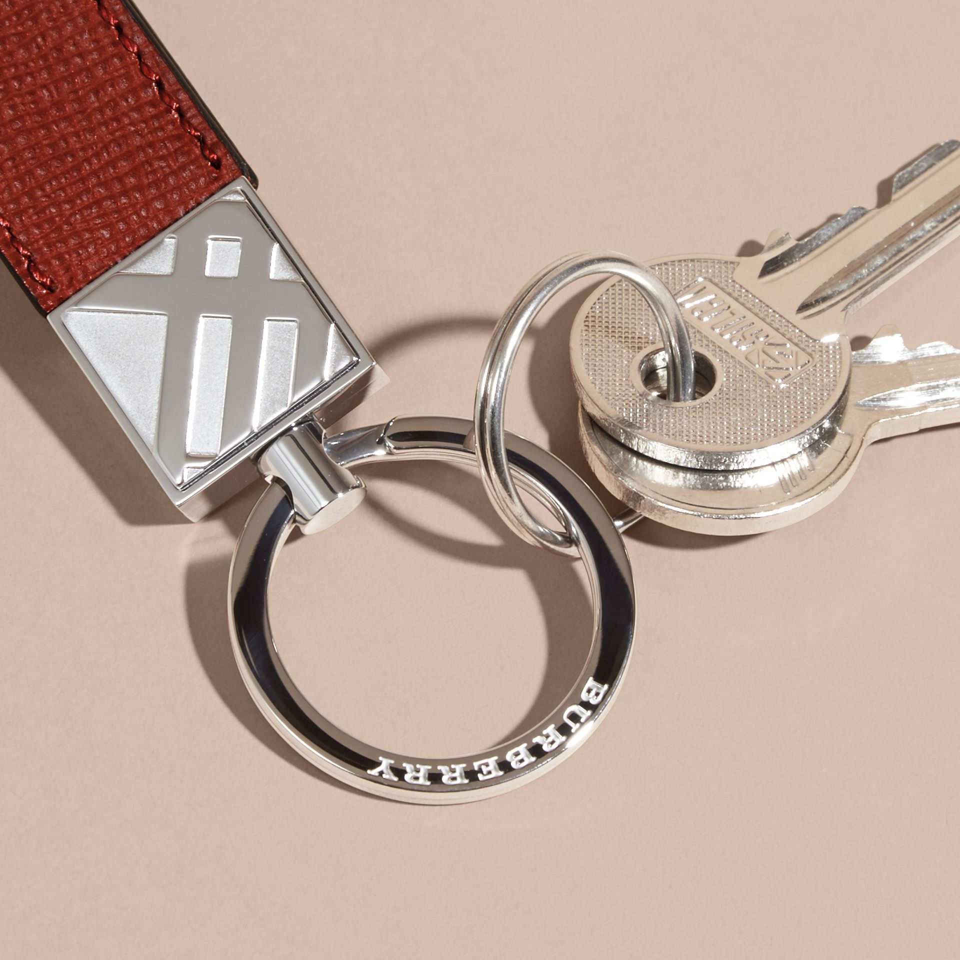 Dark military red London Leather Key Ring Dark Military Red - gallery image 3