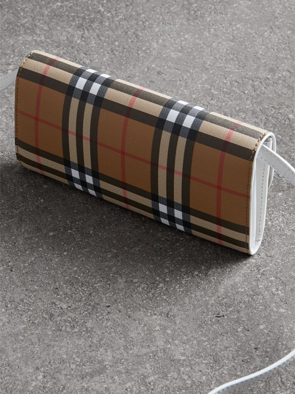 Detachable Strap Vintage Check Leather Wallet in Chalk White - Women | Burberry - cell image 2