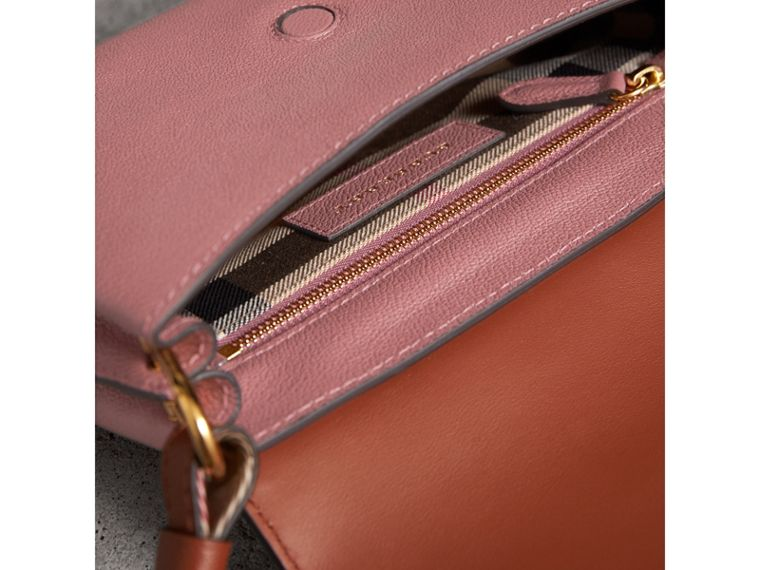 The Buckle Crossbody Bag in Trompe L'oeil Leather in Dusty Pink/bright Toffee - Women | Burberry - cell image 4