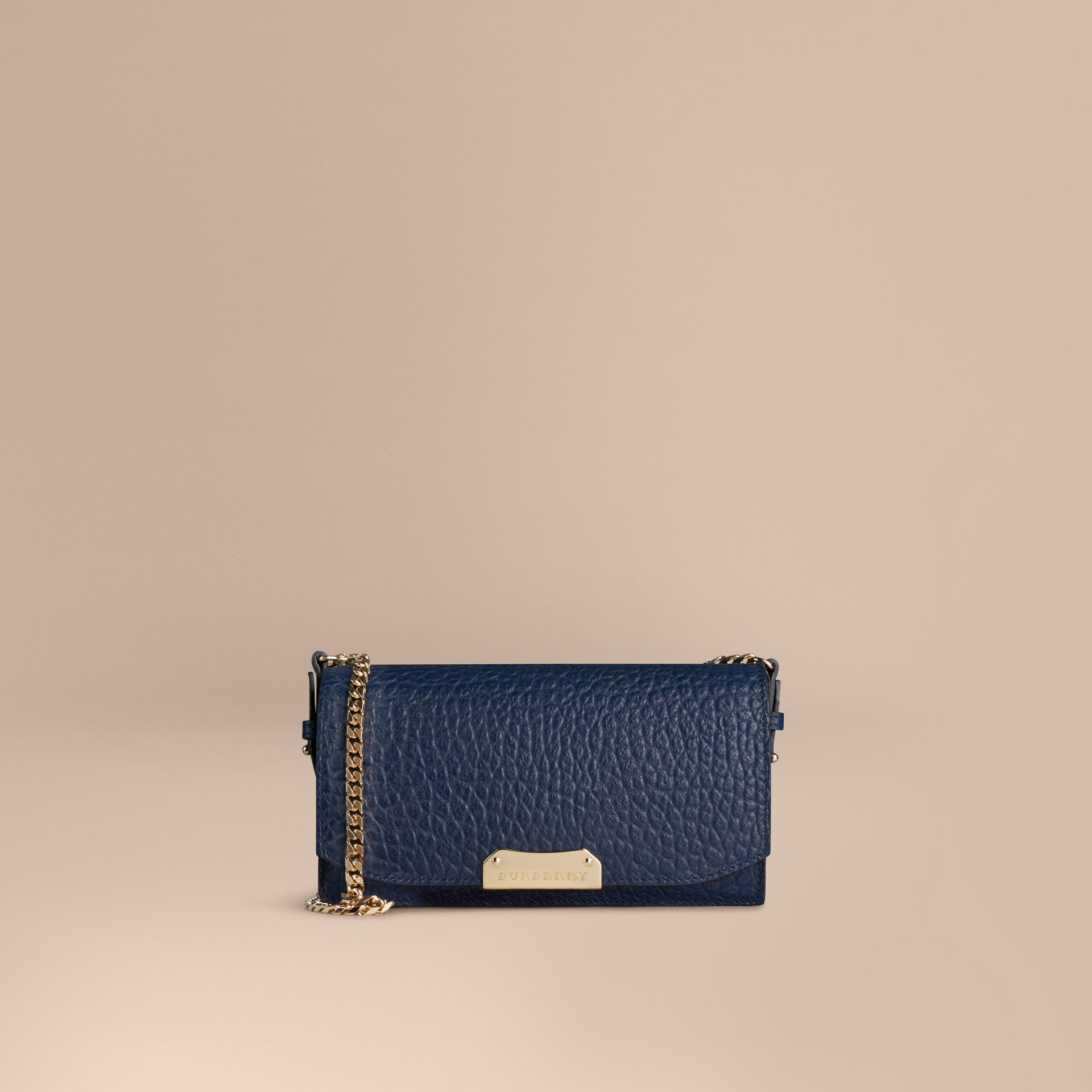Blue carbon Small signature Grain Leather Clutch Bag with Chain - gallery image 7