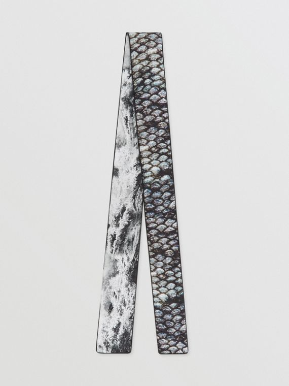 Sea and Fish-scale Print Silk Skinny Scarf in Grey