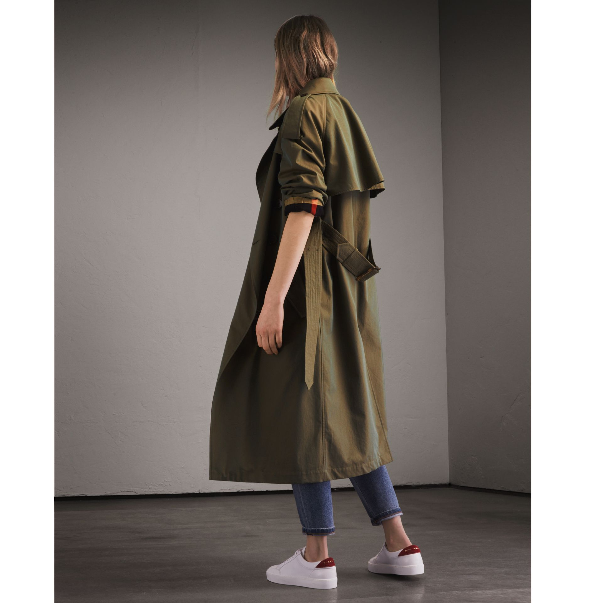 Tropical Gabardine Trench Coat in Bright Olive - Women | Burberry - gallery image 3