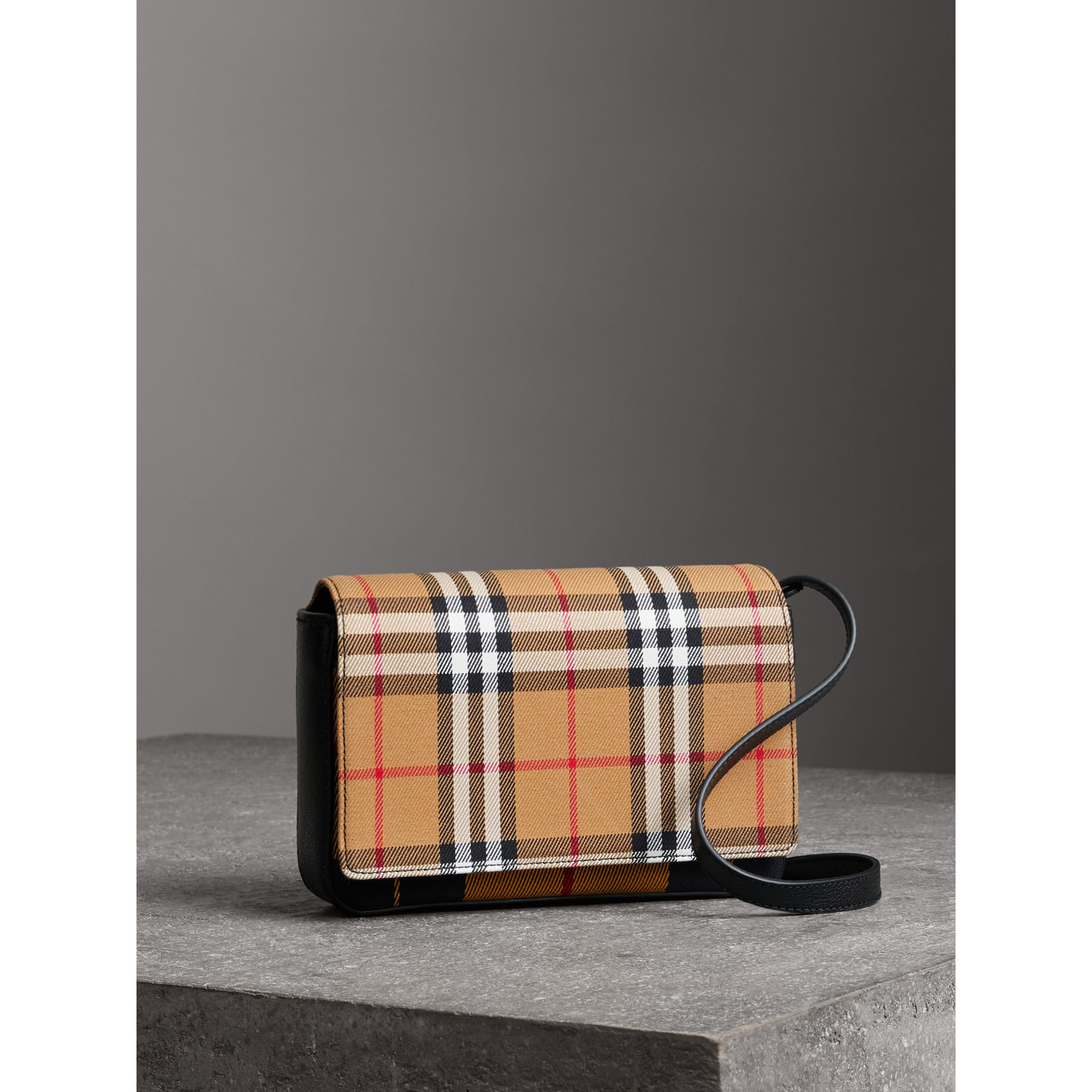 Vintage Check and Leather Wallet with Detachable Strap in Antique Yellow/black - Women | Burberry - gallery image 6