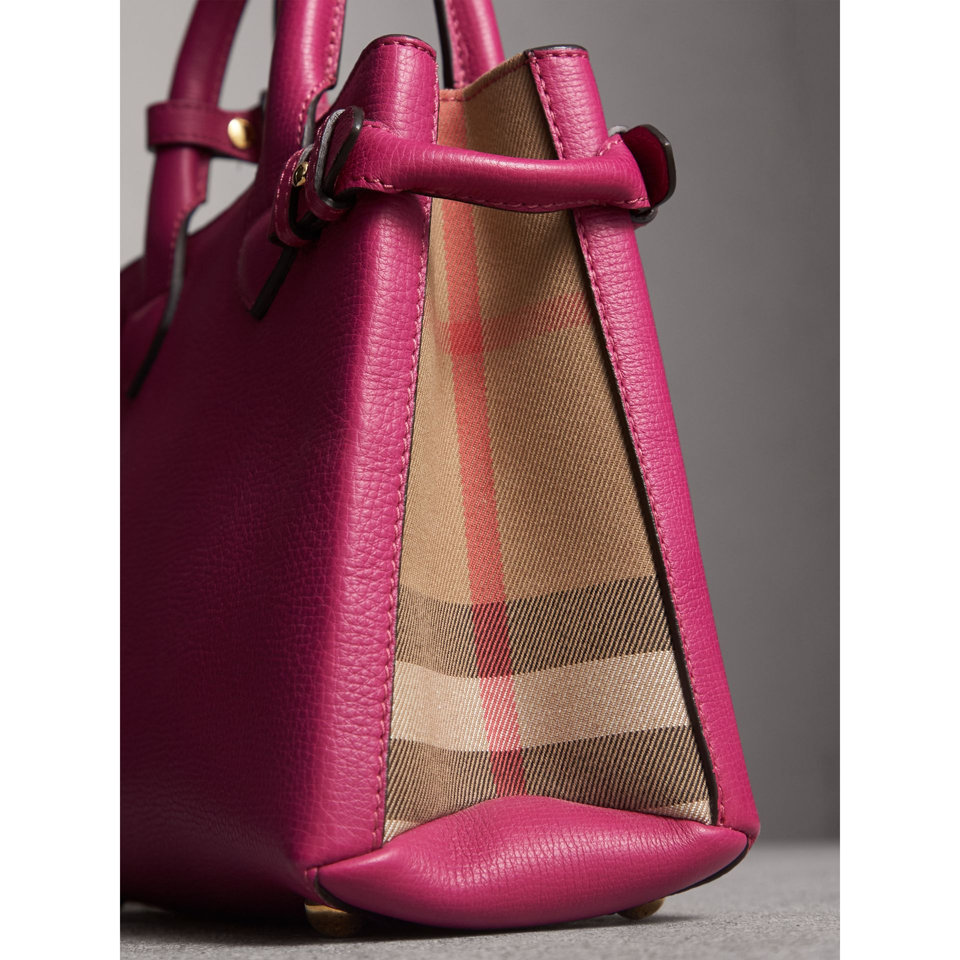 The Small Banner in Leather and House Check in Brilliant Fuchsia - Women | Burberry - gallery image 2
