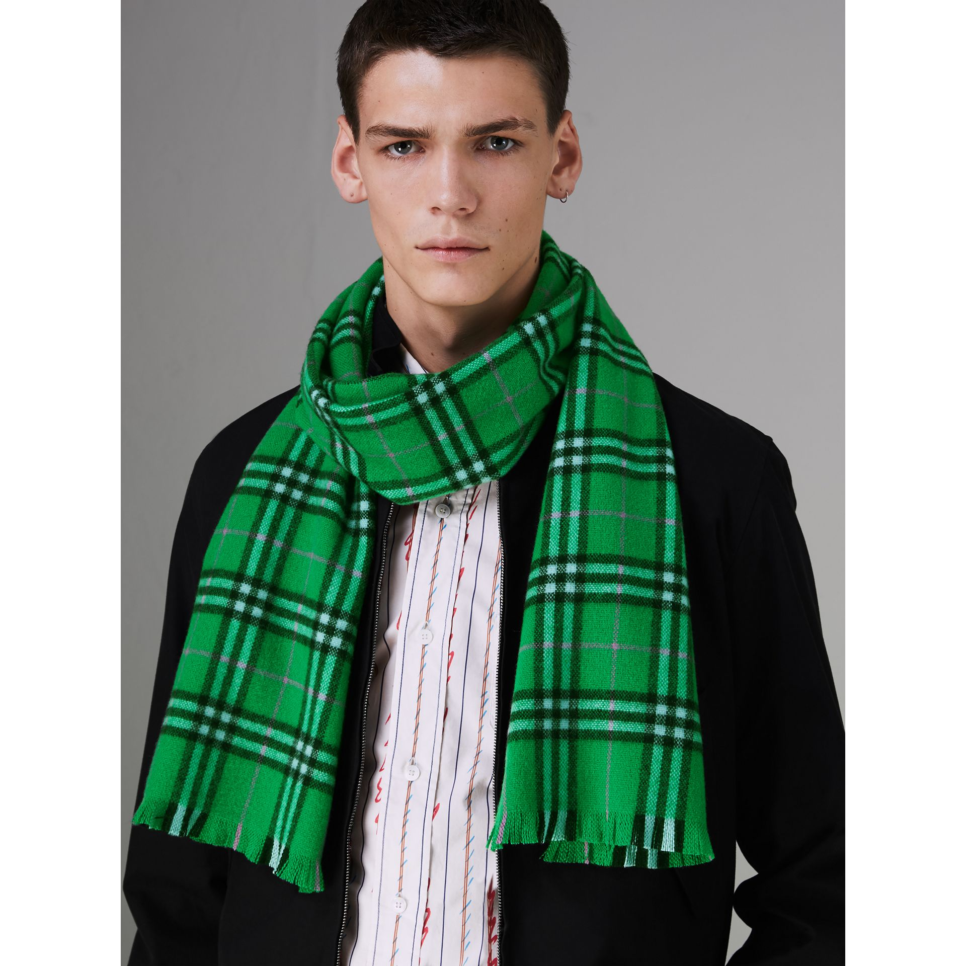 Check Cashmere Scarf in Bright Grass Green | Burberry - gallery image 4