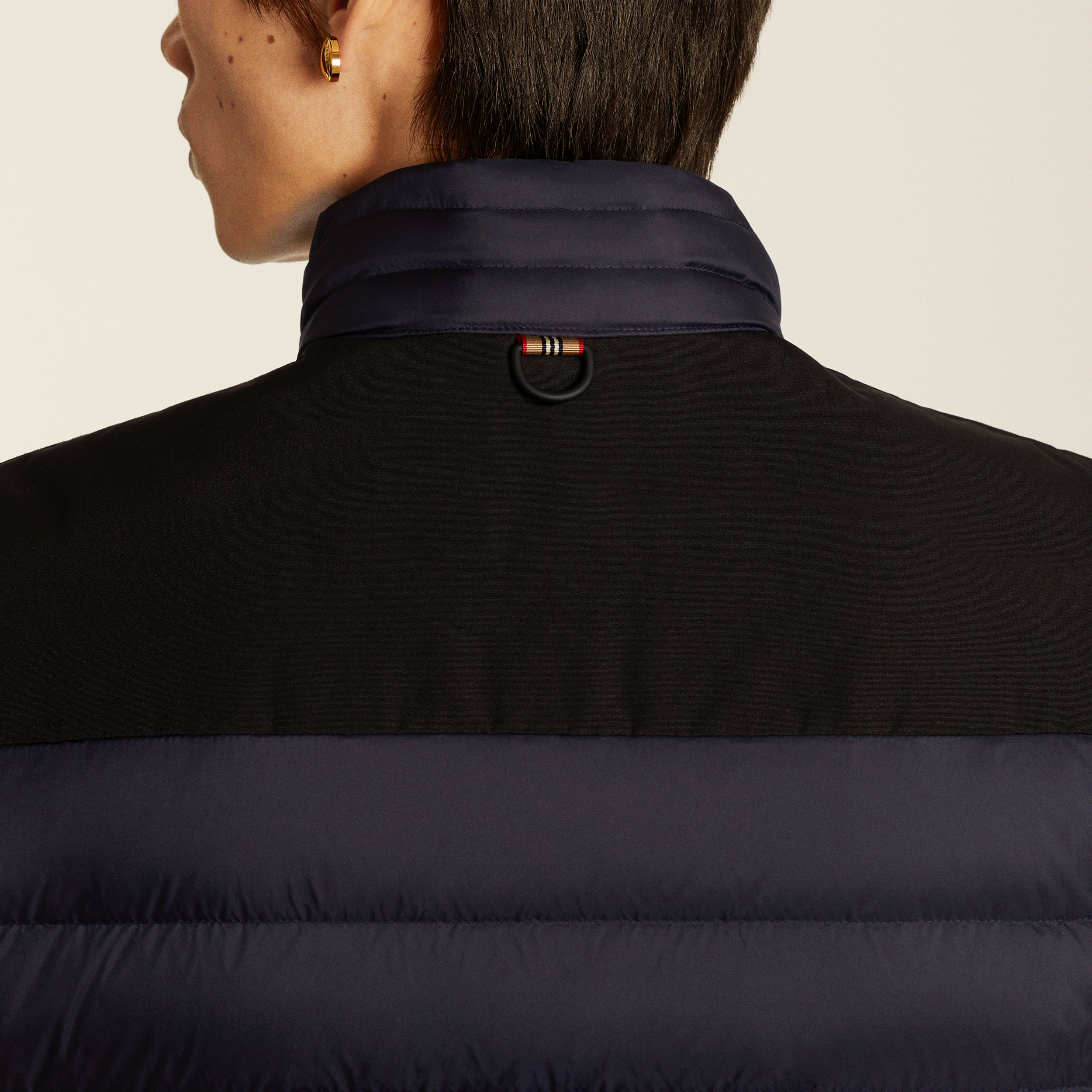 Logo Appliqué Lightweight Puffer Jacket in Navy - Men | Burberry - 2