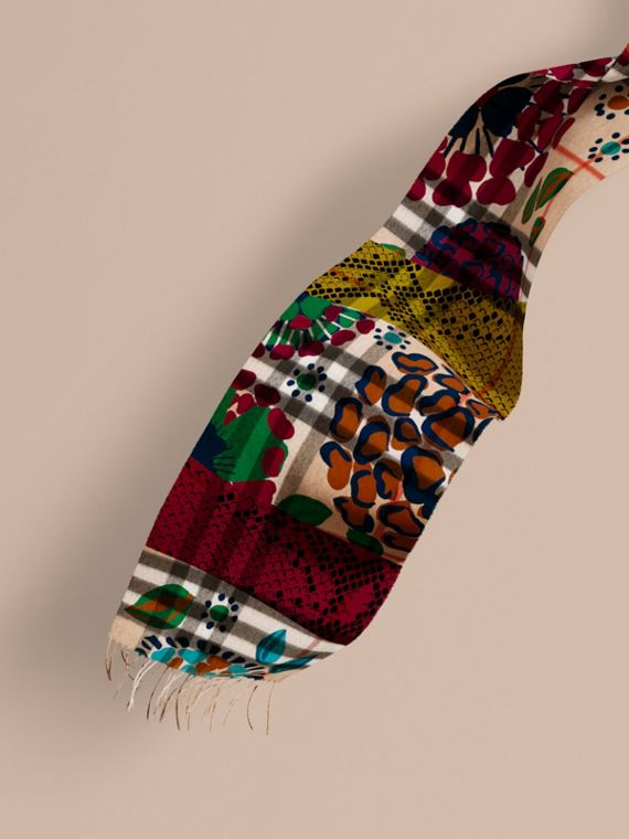 The Classic Cashmere Scarf in Check with Patchwork Print