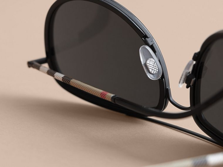 Check Detail Pilot Sunglasses in Black - Men | Burberry Singapore - cell image 1