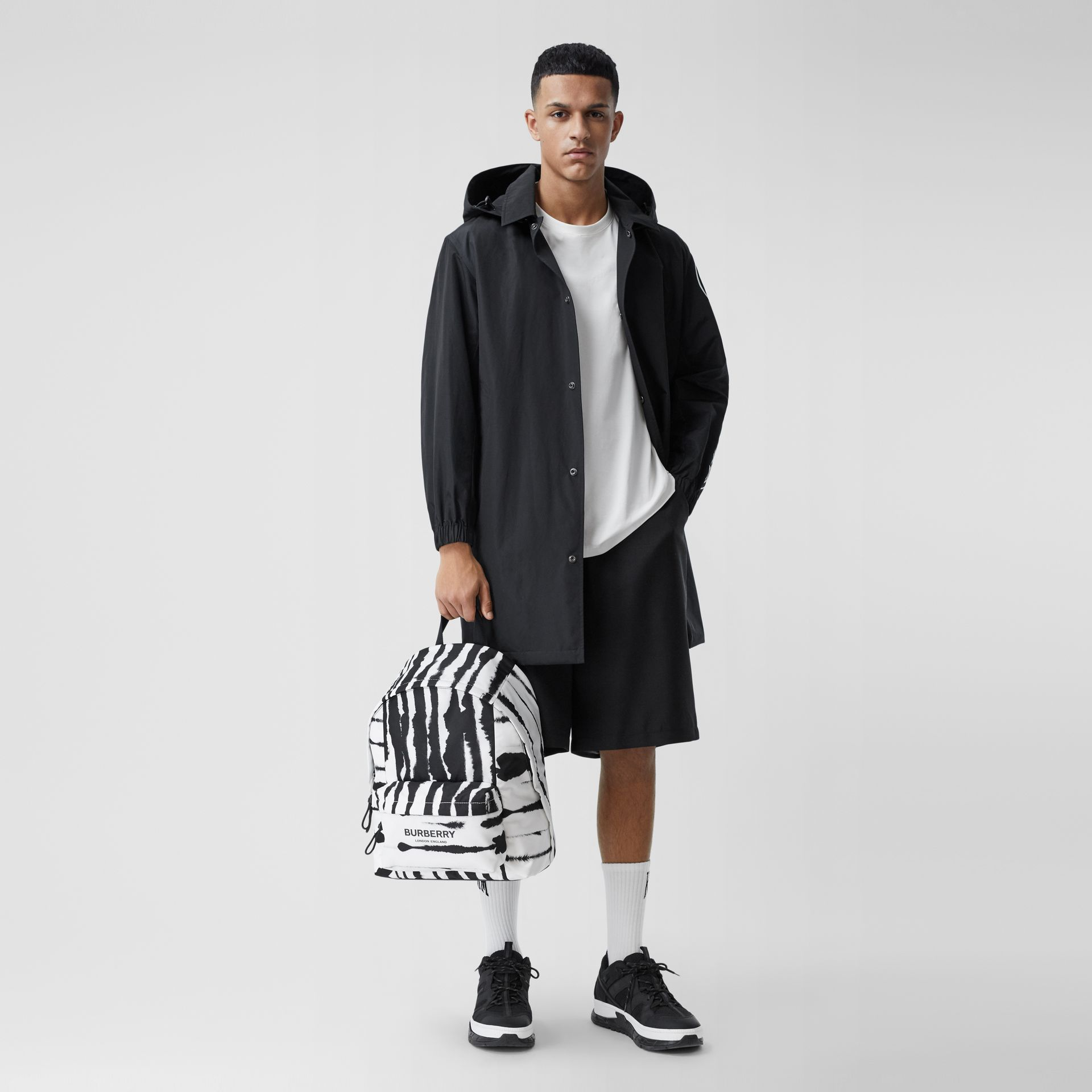 Watercolour Print ECONYL® Backpack in Black/white | Burberry - gallery image 2