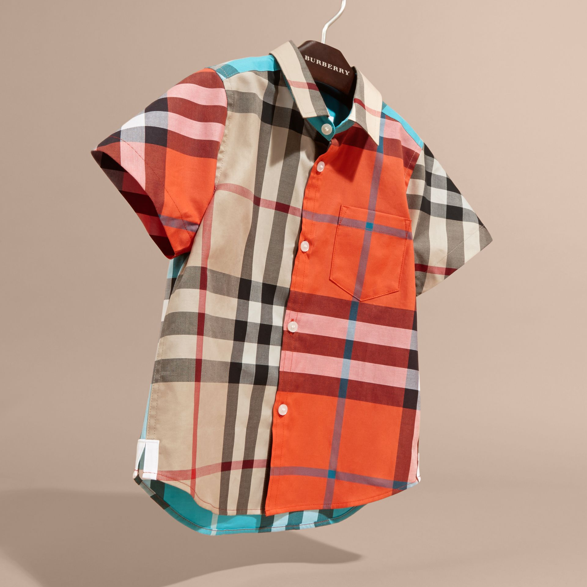 Short-sleeved Contrast Check Cotton Shirt in New Classic - Boy | Burberry Singapore - gallery image 3