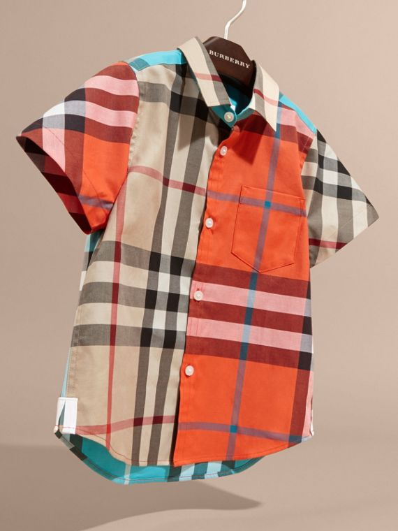 Short-sleeved Contrast Check Cotton Shirt in New Classic - Boy | Burberry - cell image 2
