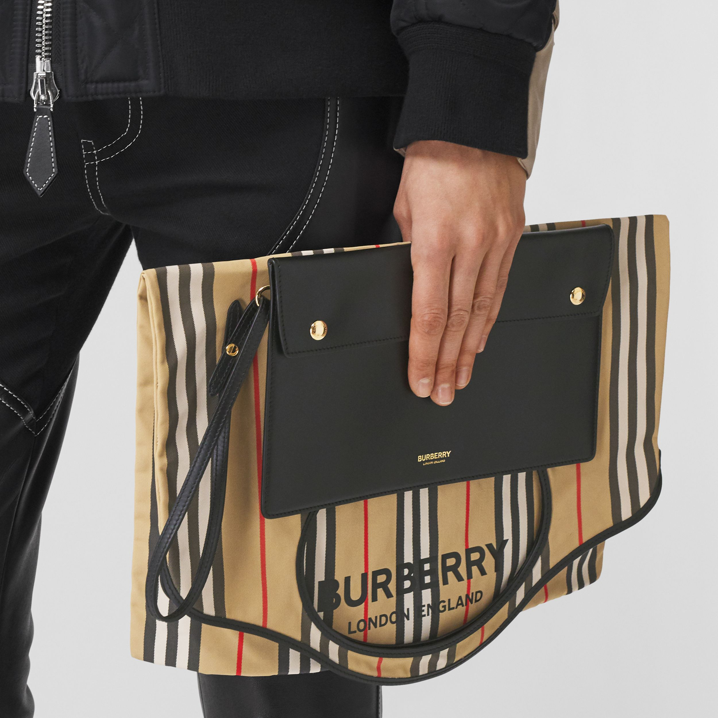 Icon Stripe ECONYL® Packaway Pocket Tote in Archive Beige | Burberry - 3