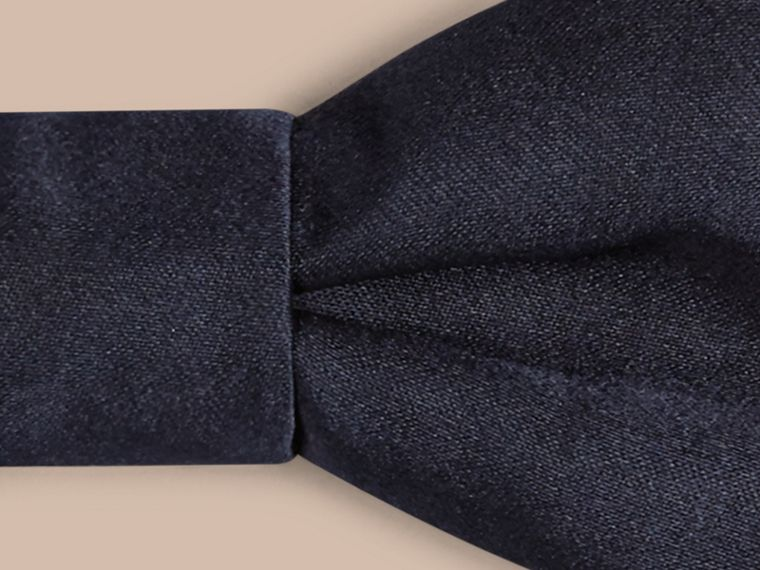 Black ink Classic Silk Bow Tie - cell image 1