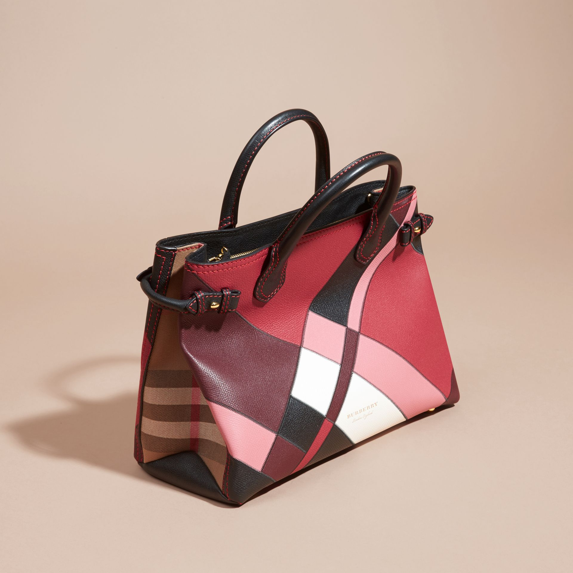 The Medium Banner in Colour Block Leather in Pink - Women | Burberry Canada - gallery image 7