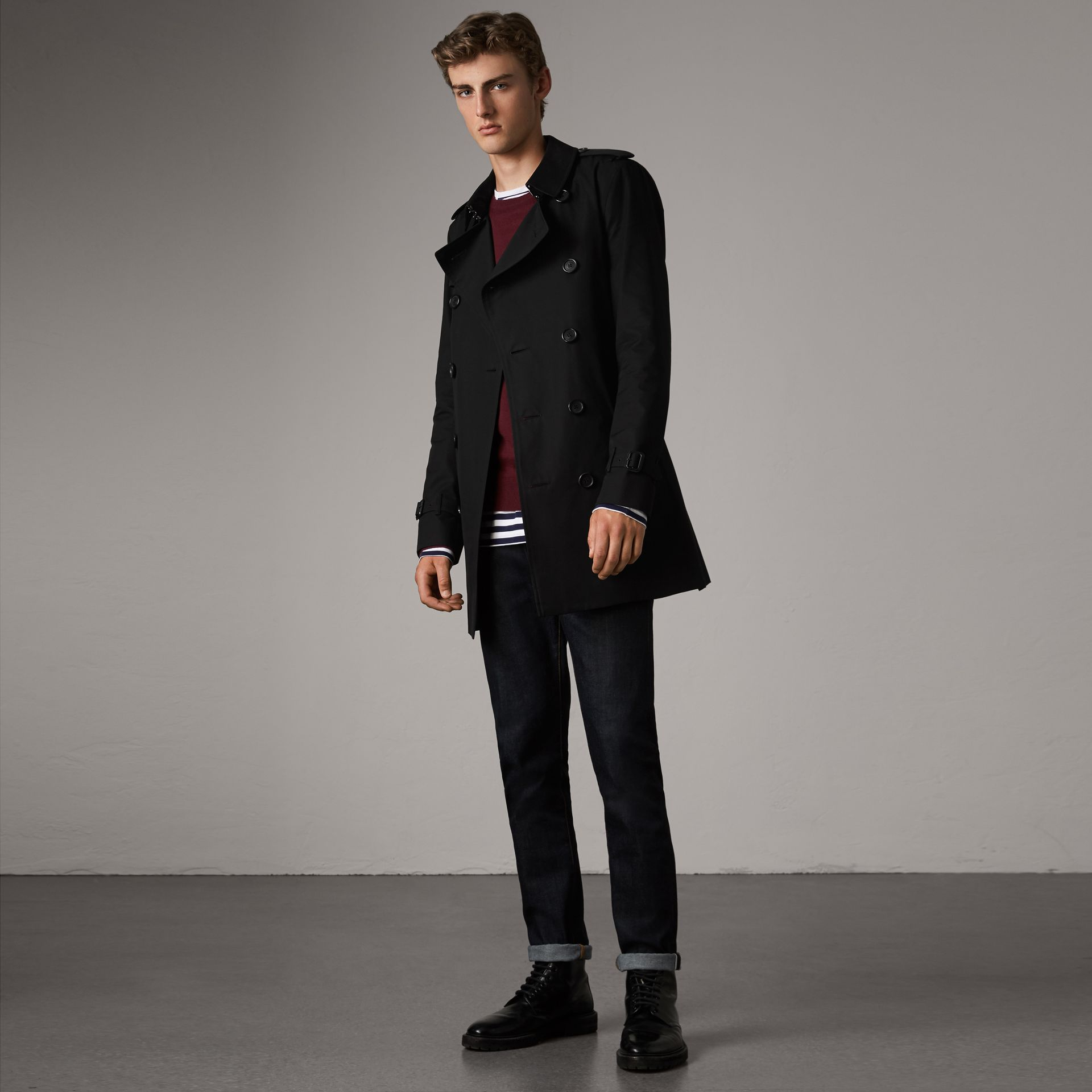 The Sandringham – Mid-length Trench Coat in Black - Men | Burberry - gallery image 0