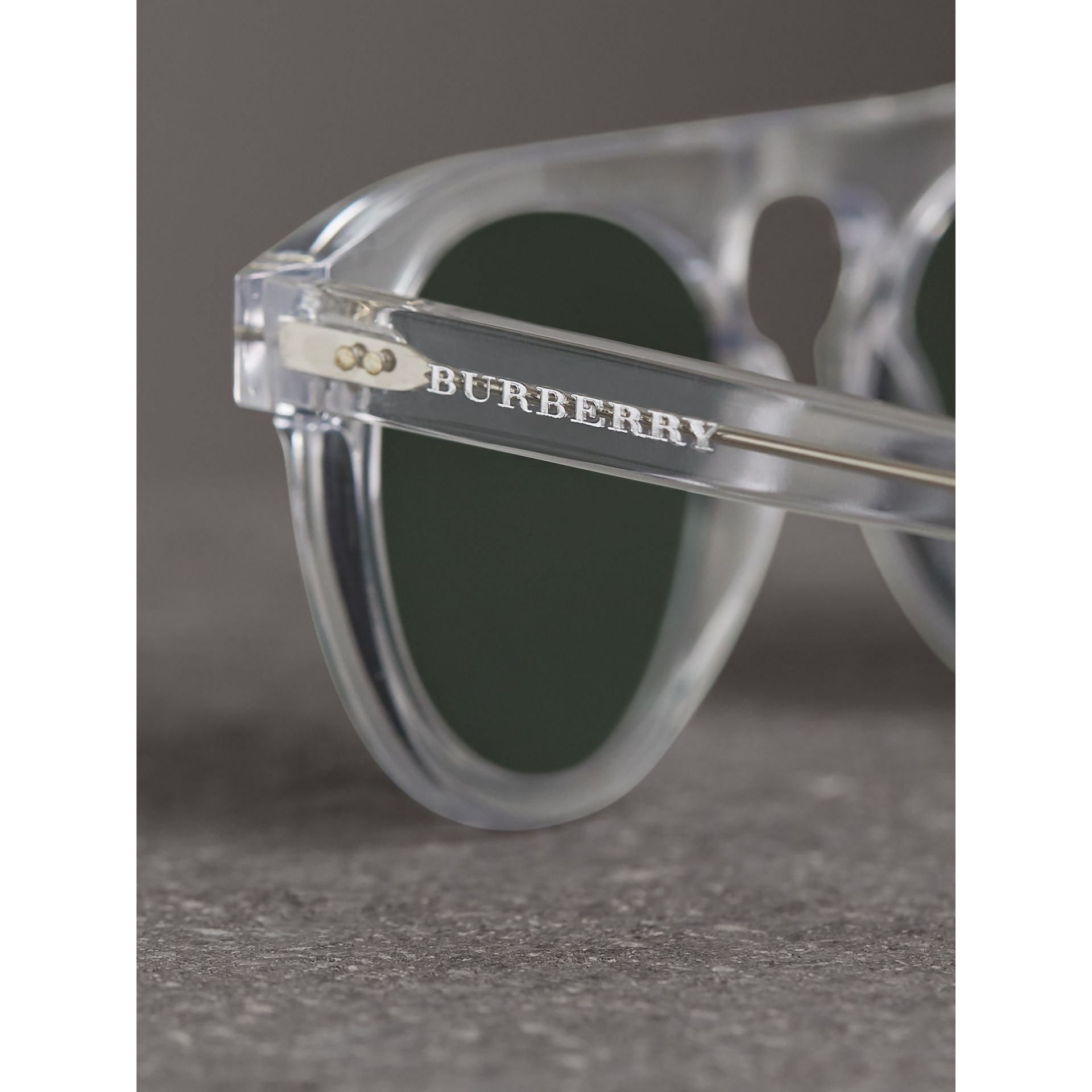The Keyhole Round Frame Sunglasses in Crystal/green | Burberry Australia - gallery image 1