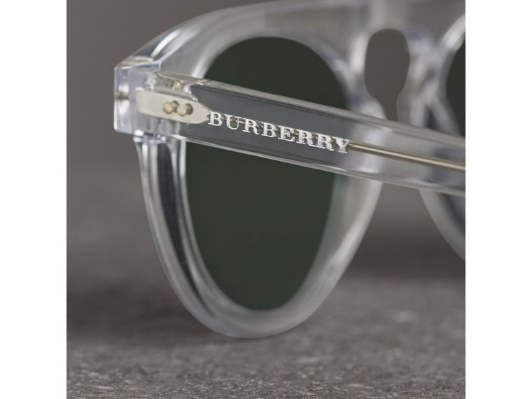 The Keyhole Round Frame Sunglasses in Crystal/green | Burberry Australia - cell image 1