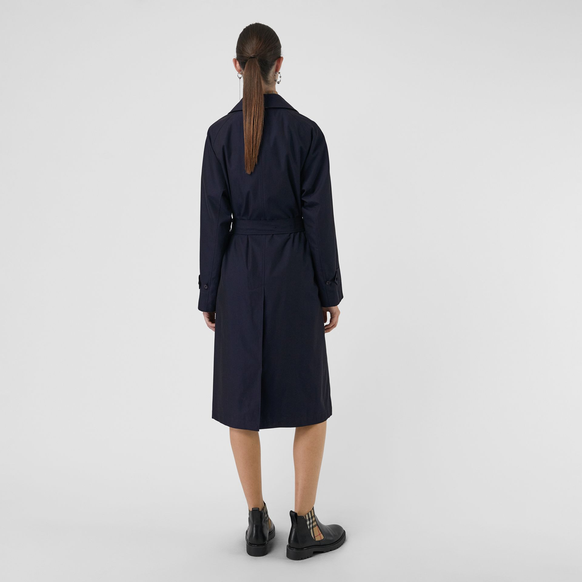 The Brighton Car Coat (Blu Carbonio) - Donna | Burberry - immagine della galleria 2