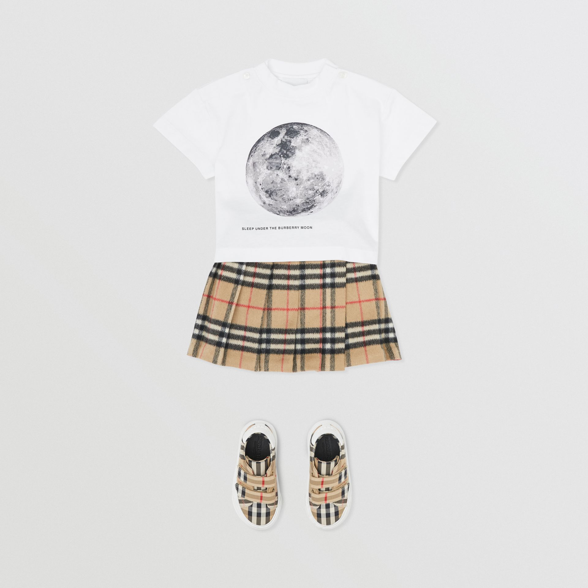 Moon Print Cotton T-shirt in White - Children | Burberry - gallery image 2