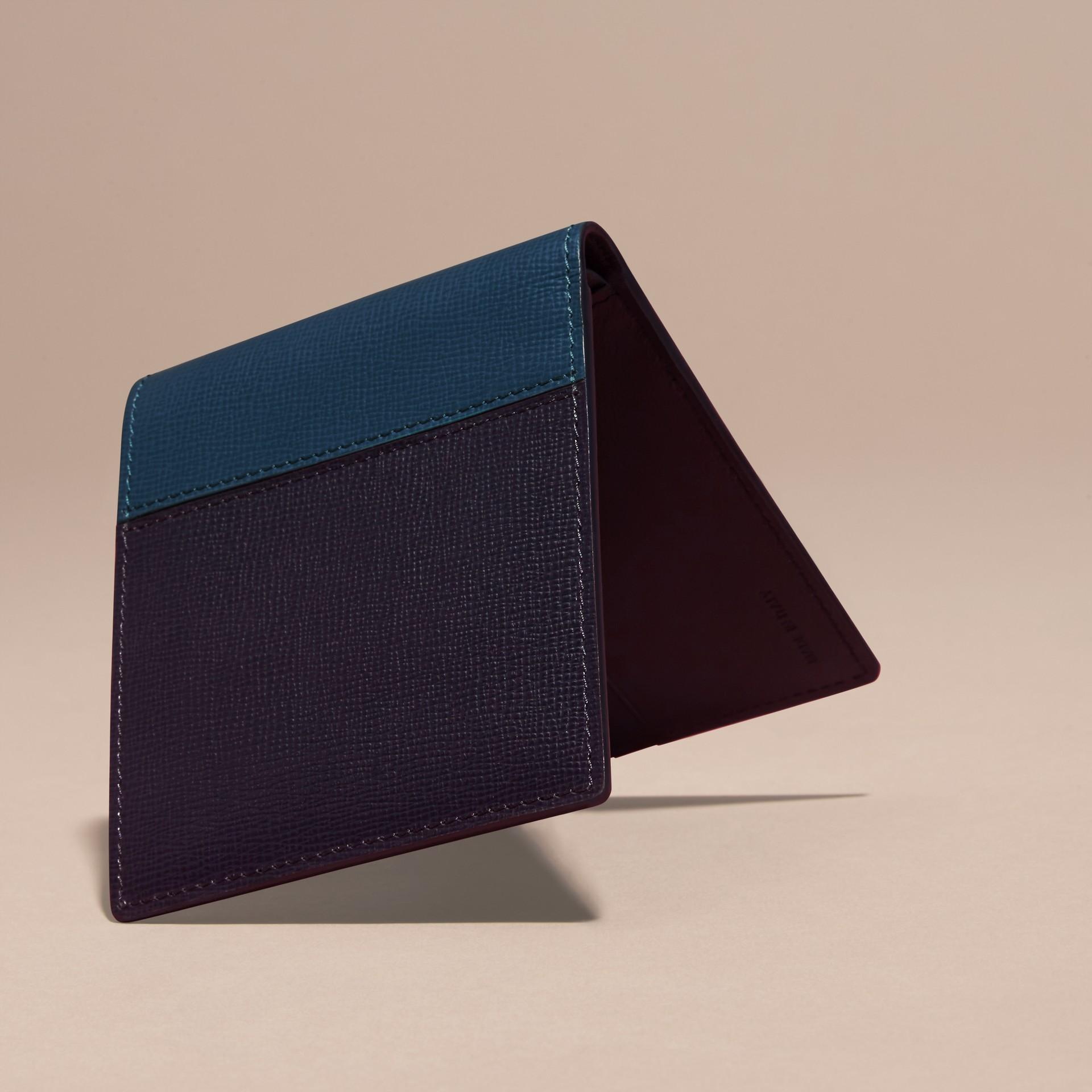 Navy scuro/blu minerale Portafoglio a libro in pelle London con inserti Navy Scuro/blu Minerale - immagine della galleria 4