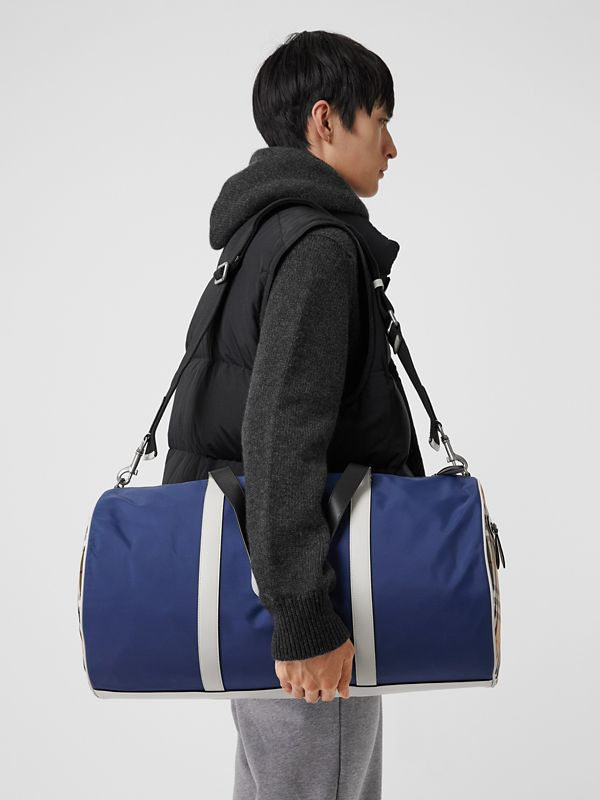 Large Colour Block Vintage Check Barrel Bag in Dark Canvas Blue - Men | Burberry Singapore - cell image 3