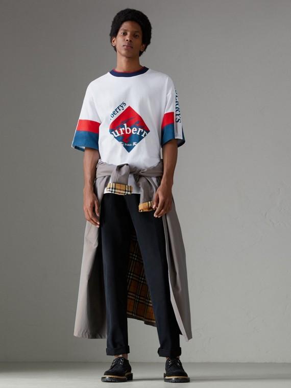 아카이브 로고 프린트 코튼 티셔츠 (화이트)