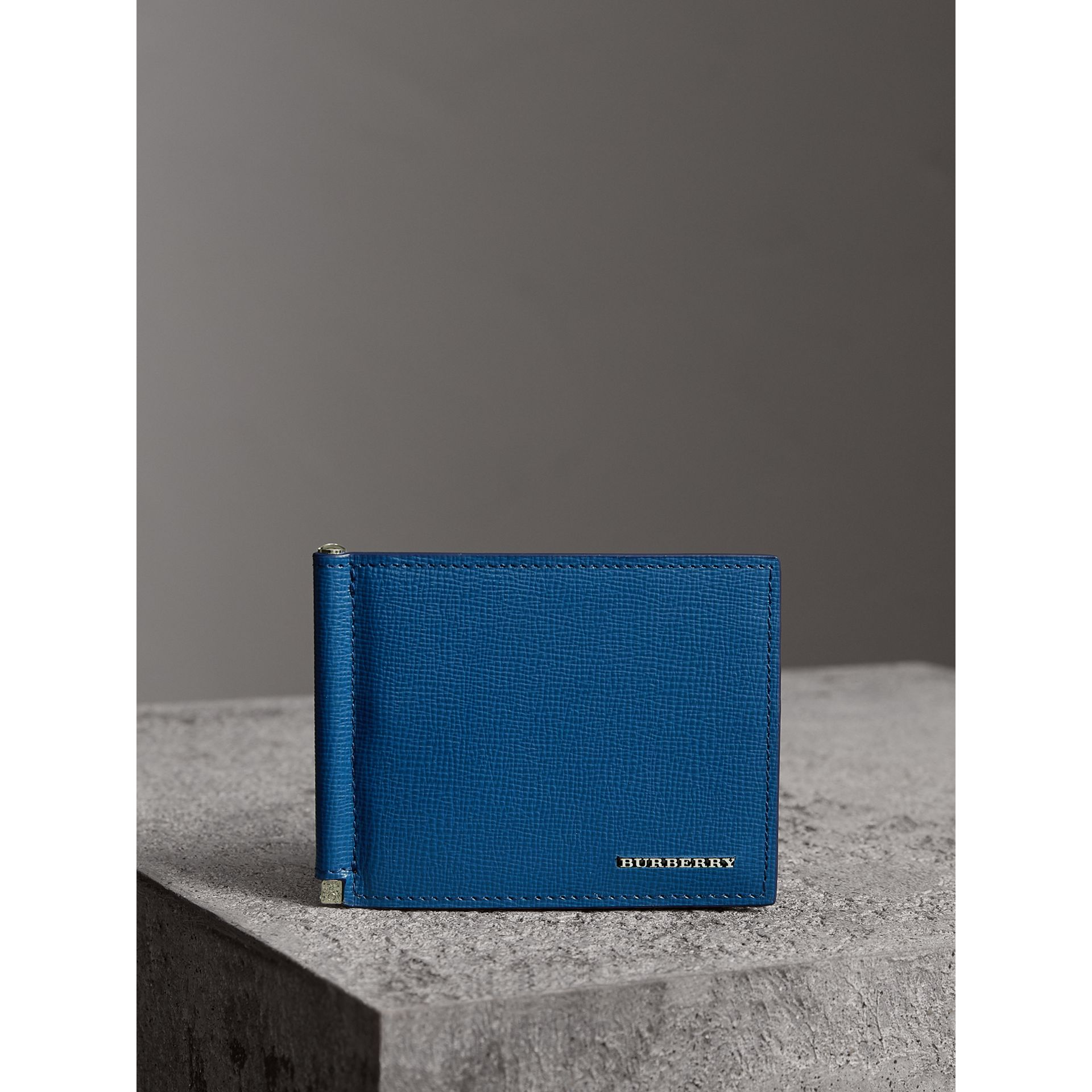 London Leather Money Clip Card Wallet in Deep Blue | Burberry - gallery image 4