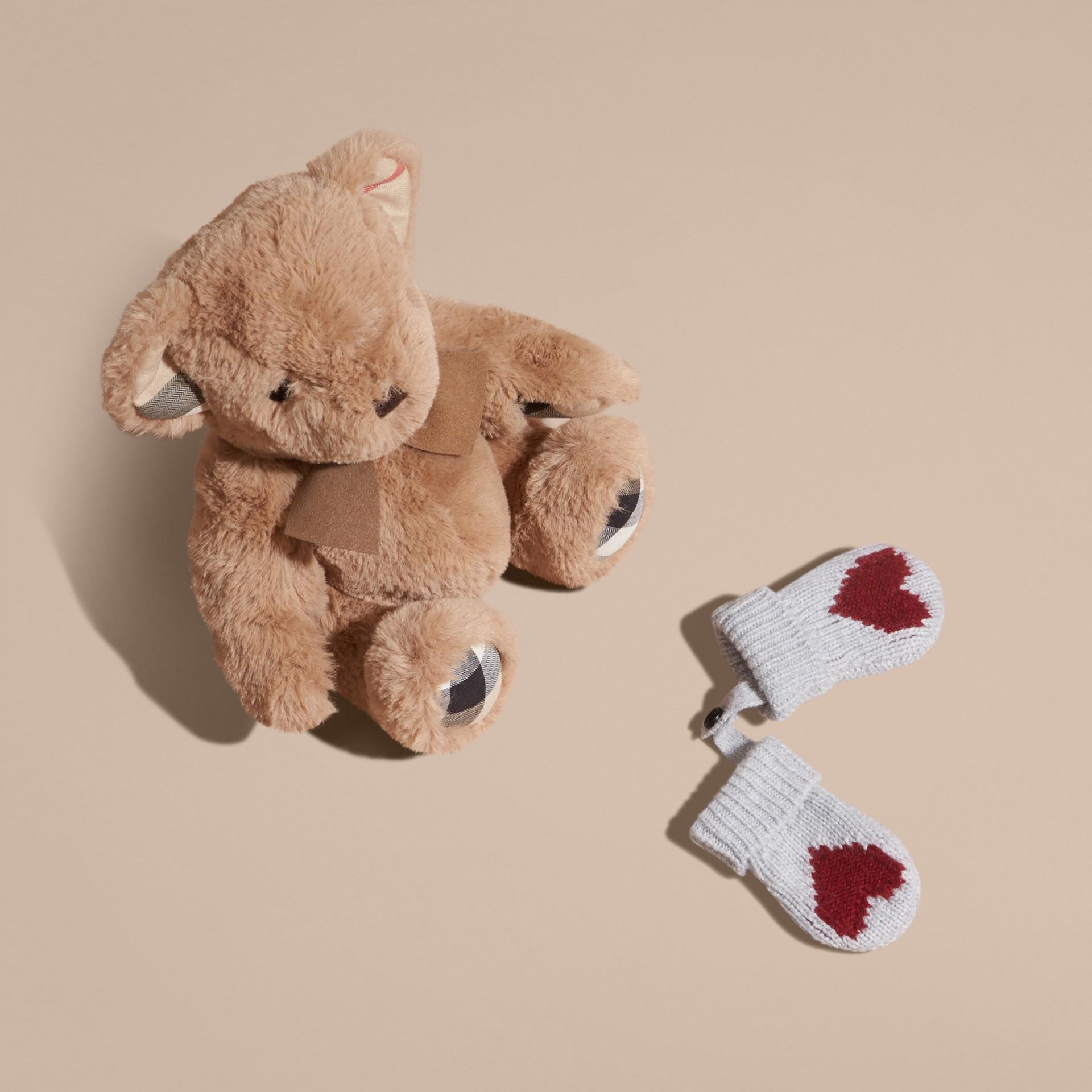 Cramoisi sombre Moufles en cachemire avec motif à cœur en intarsia Cramoisi Sombre - photo de la galerie 4