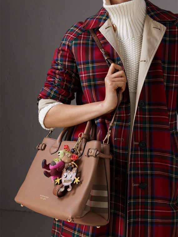 Sac The Banner medium en cuir et coton House check (Sable Foncé) - Femme | Burberry Canada - cell image 3