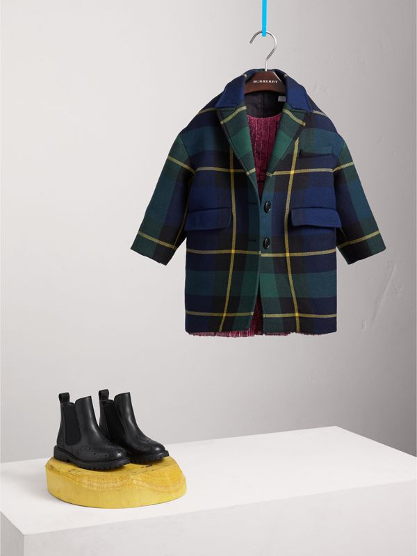 Tartan Wool Coat in Pine Green | Burberry United Kingdom - cell image 2