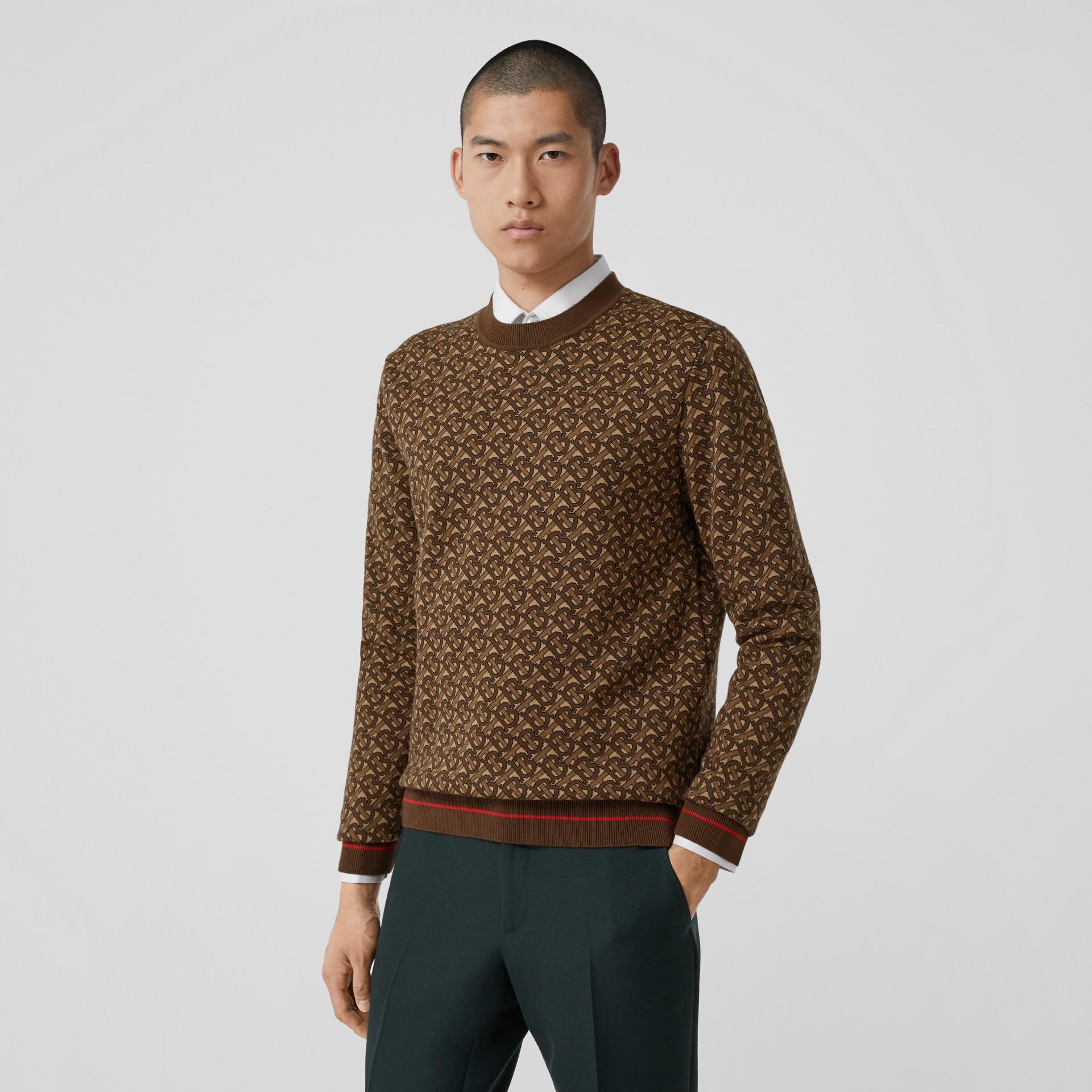 Pull en jacquard de laine mérinos Monogram (Brun Bride) - Homme | Burberry Canada - photo de la galerie 0