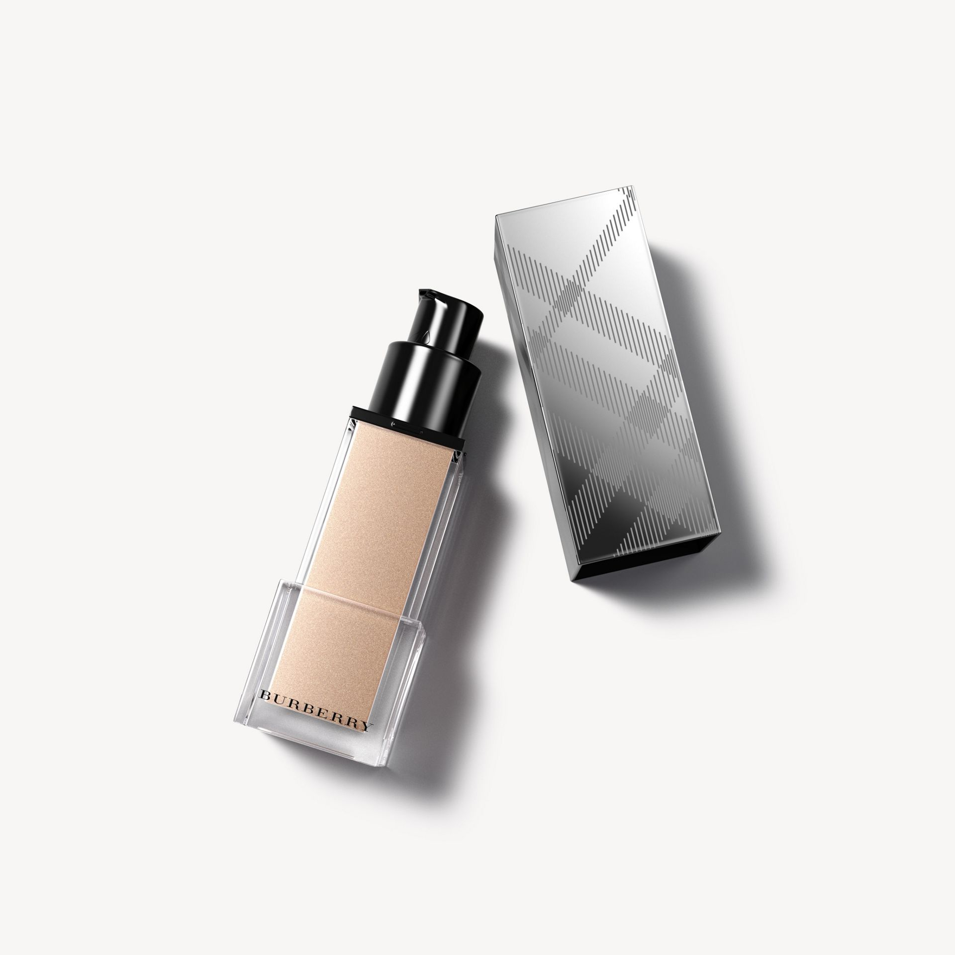 Fresh Glow Luminous Fluid Base - Nude Radiance No.01 - Donna | Burberry - immagine della galleria 0