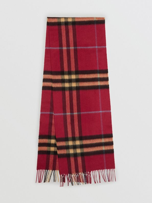 The Classic Check Cashmere Scarf in Damson Pink