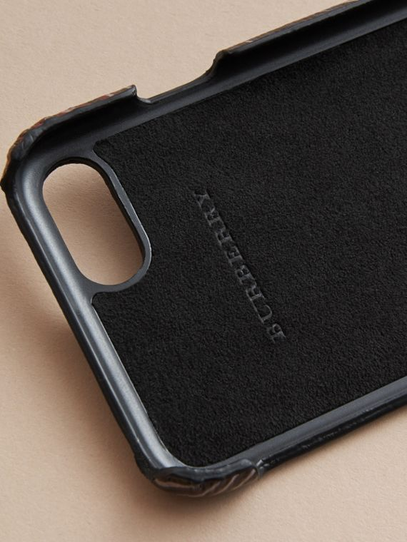 Beasts Print London Leather iPhone 7 Case in Navy Grey - Men | Burberry United Kingdom - cell image 2