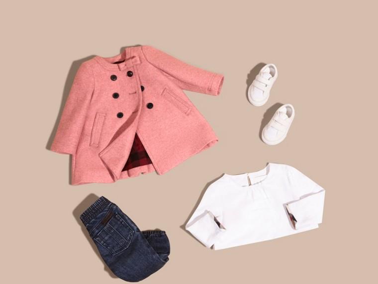 Розовый пион, меланж Пальто с декоративным бантом - cell image 4