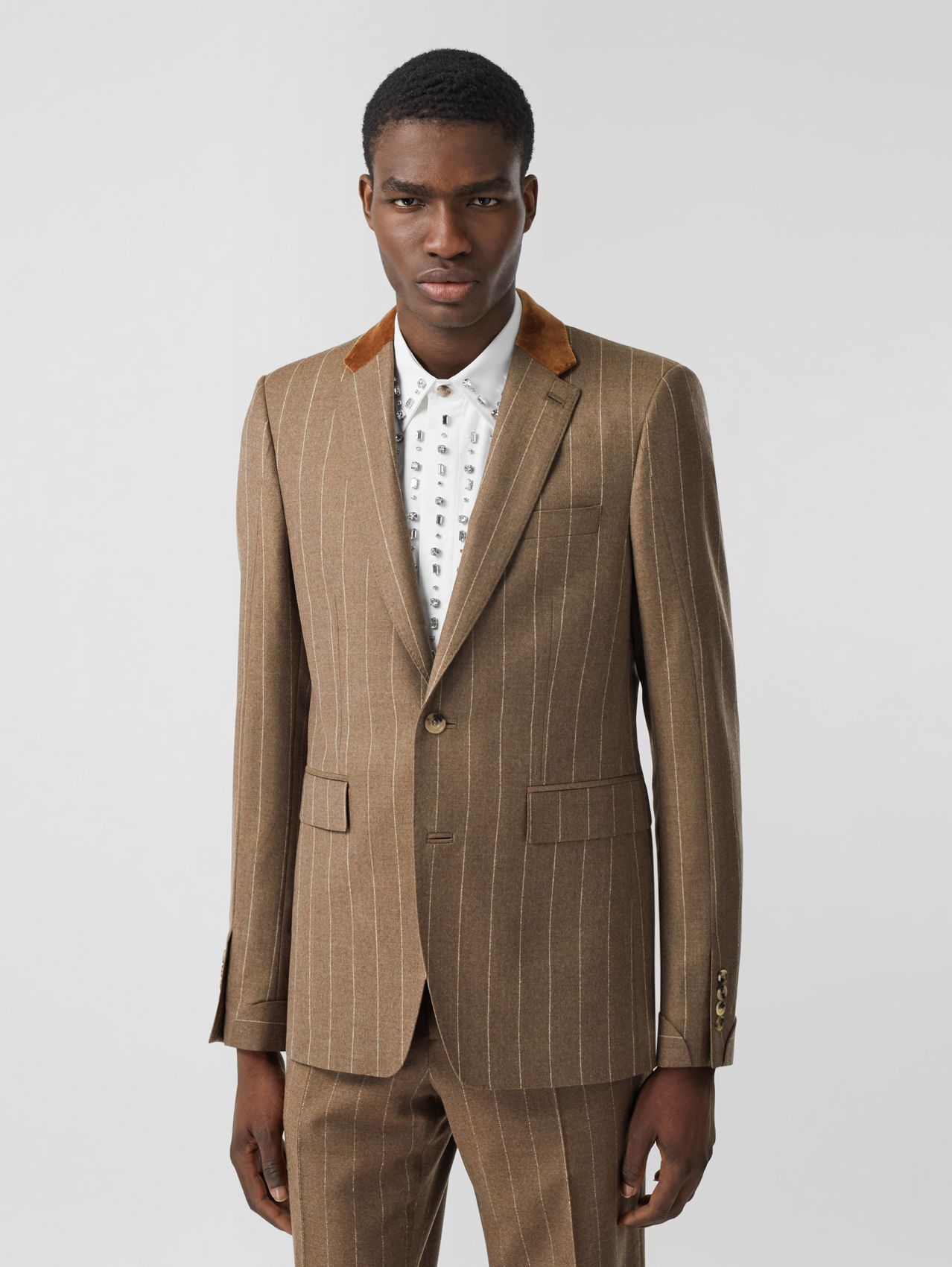 Classic Fit Velvet Trim Wool Cashmere Tailored Jacket in Dark Tan