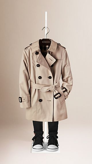 The Sandringham - Trench-coat Heritage